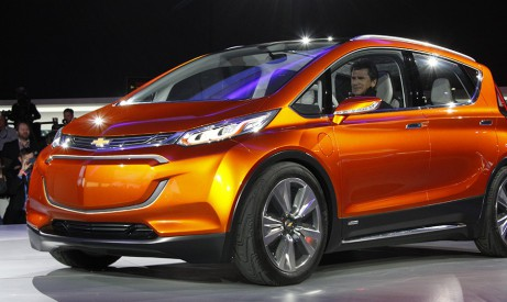voiture lectrique 320 km d autonomie pour la nouvelle chevrolet bolt les smartgrids. Black Bedroom Furniture Sets. Home Design Ideas